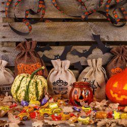 10 stuks Zakjes Halloween 12 x 15 cm - mix van patronen en kleuren Woreczki Jutowe