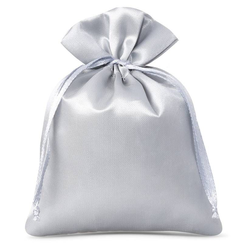 10 stuks Satijnen zakjes 8 x 10 cm - zilver