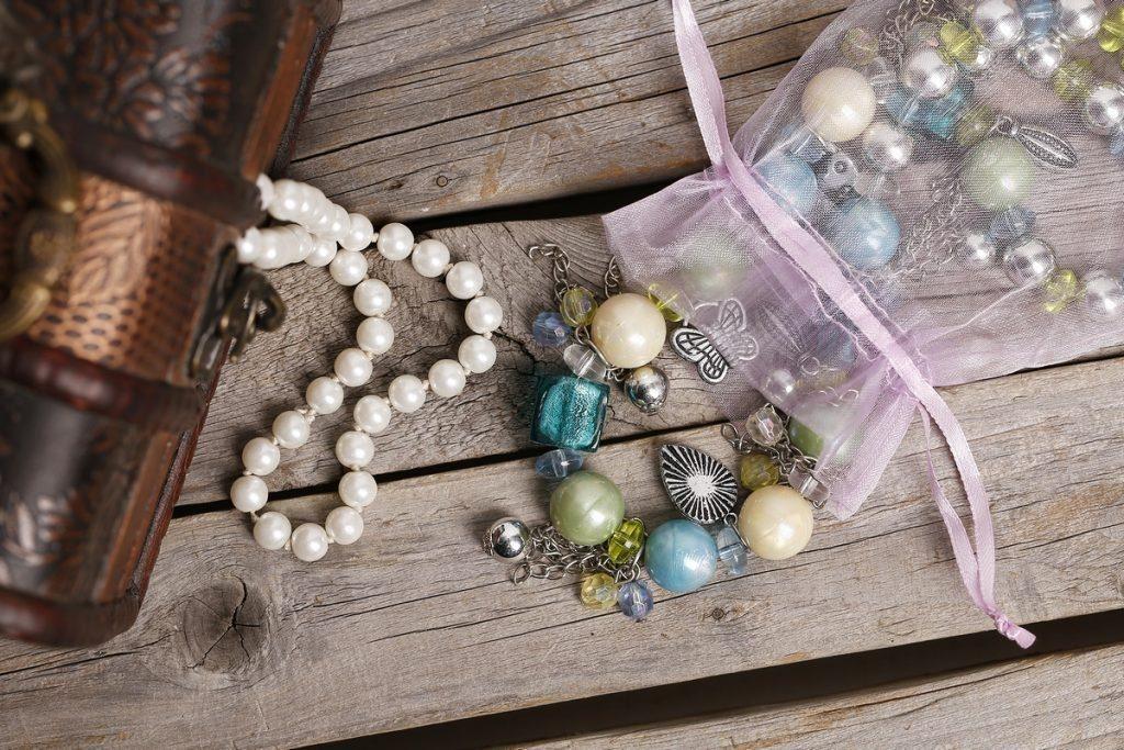 waarin bewaar je juwelen DIY
