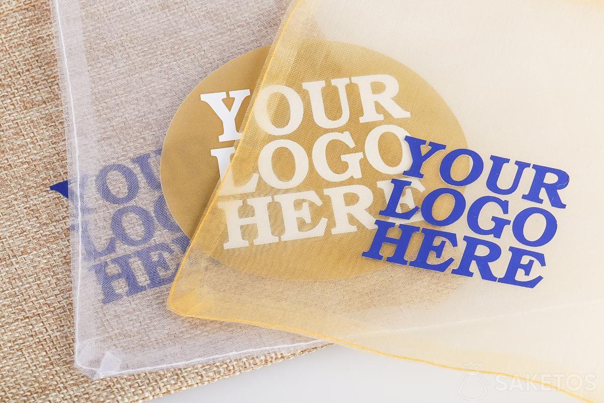 Zakjes voor reclamegadgets met een door jou gekozen logo.