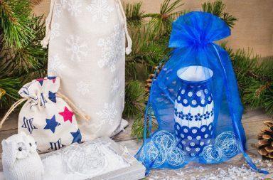 Dankzij het zakje ziet het cadeau er niet alleen elegant, maar ook origineel uit.