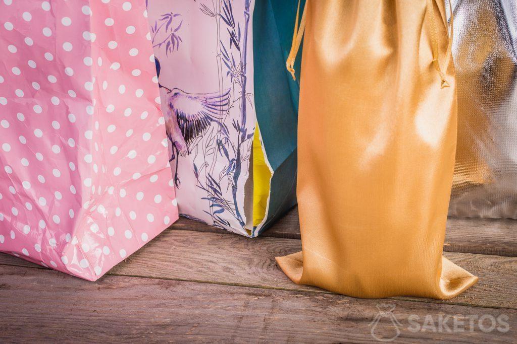 Stoffen tassen zien er altijd netjes en elegant uit.