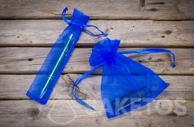 Blauwe organza zakjes als verpakking voor reclame gadgets