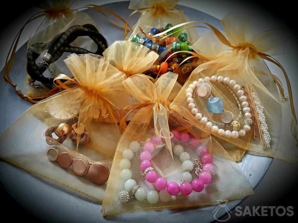 Organza zakjes beschermen uw juwelen tijdens het reizen!