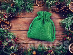Een groen zakje van jute
