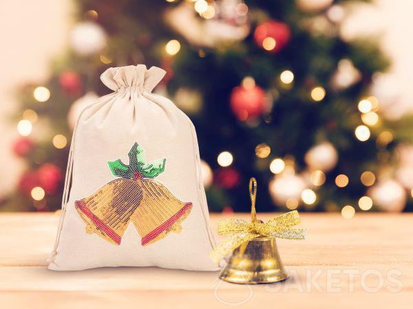Een zakje voor Kerstmis met pailletten