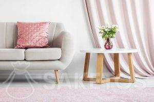 Moderne woonkamer in pastelkleuren